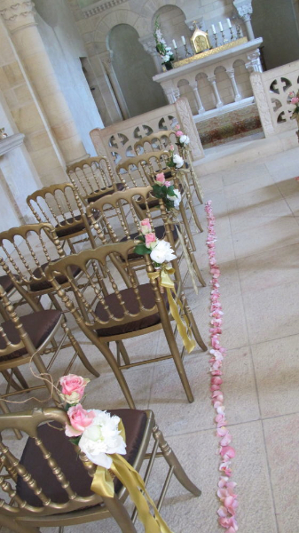 1205_ceremony-chairs-cindy