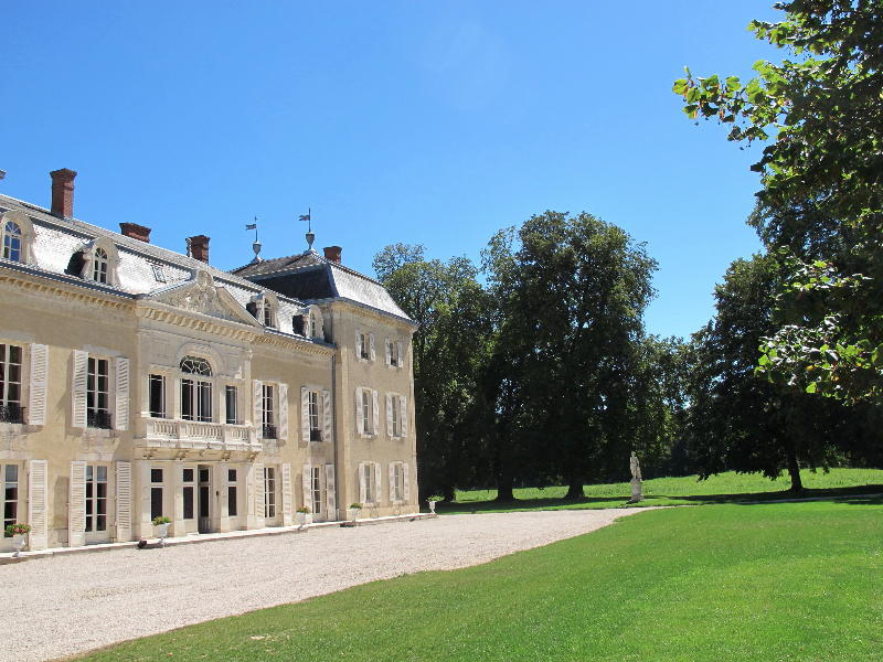 1208_chateau-front_ld