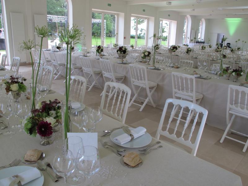 1207_myr_dinner-tables_ld
