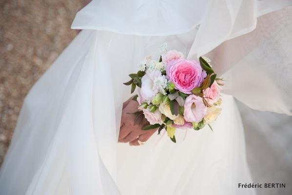 bridal corsage_bouquet-bracelet_Frederic Bertin_598x399